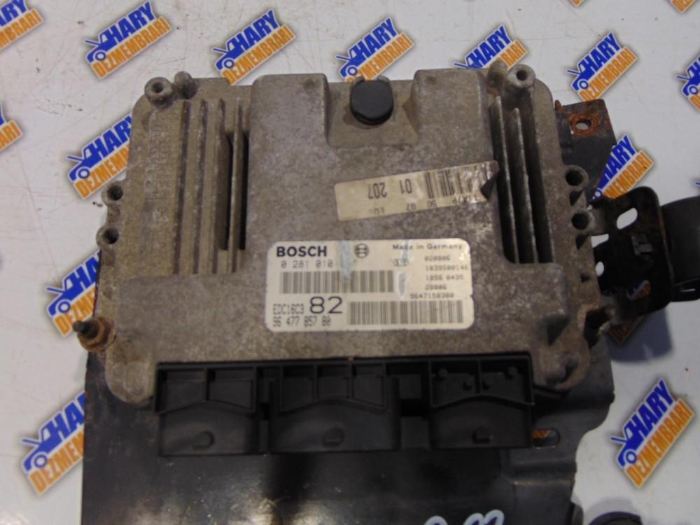 Calculator motor cu codul 9647785780 pentru Peugeot 206