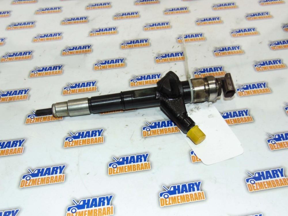Injector avand codul 16600EC00A pentru Nissan Navara D40 2005