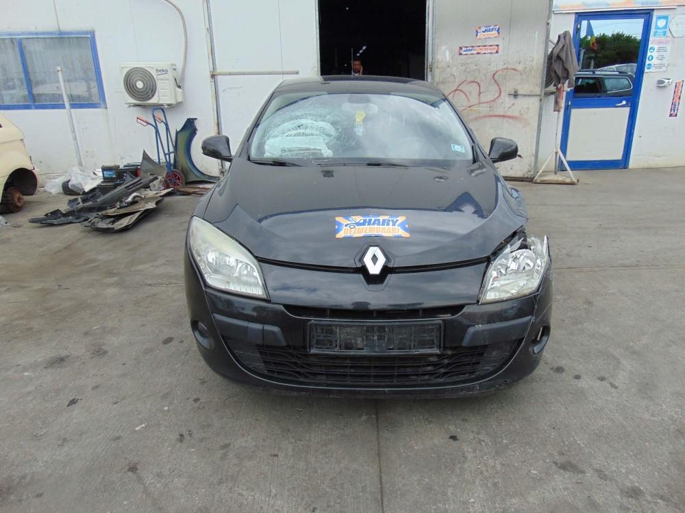 Dezmembram Renault Megane 3, 1.9DCI, Tip Motor F9Q-N8, An fabricatie 2008