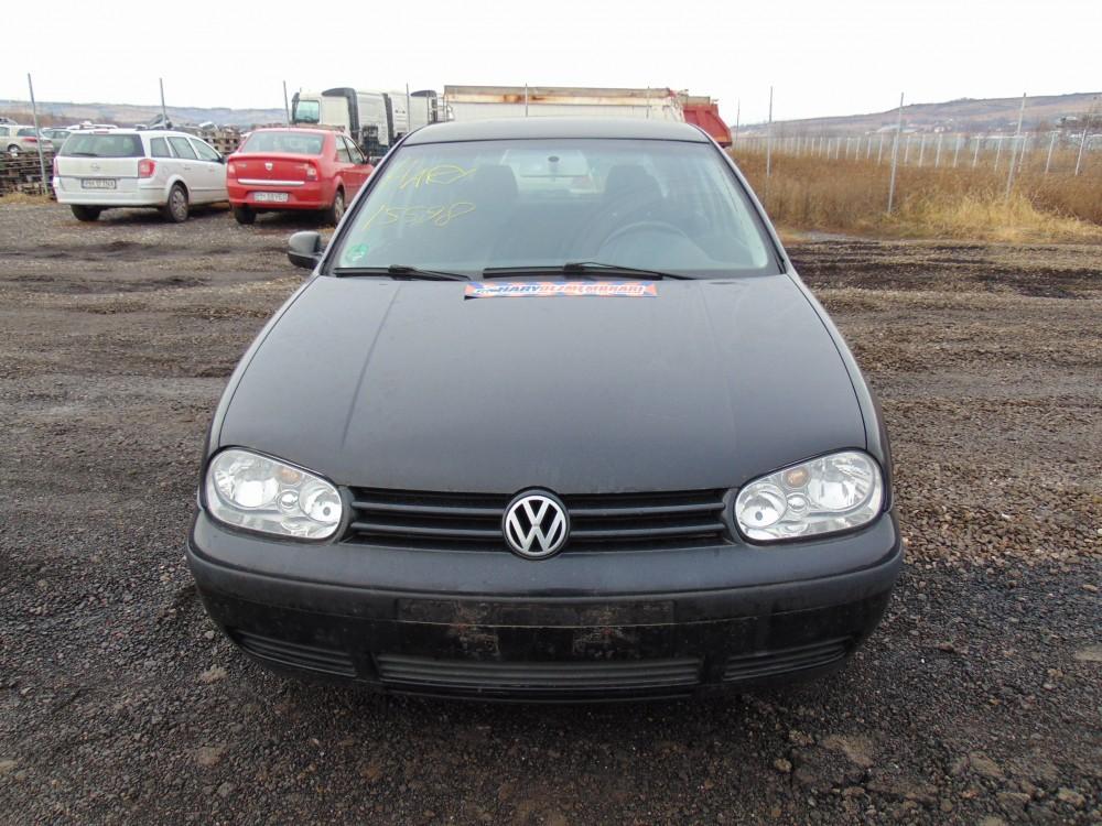Dezmembram VW Golf 4 , 1.9 TDI , tip motor AXR ,  fabricatie 2002
