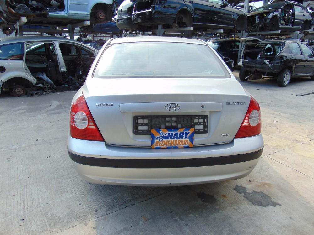 Dezmembram Hyundai Elantra, 2.0CRDI, Tip Motor D4EA, An fabricatie 2004