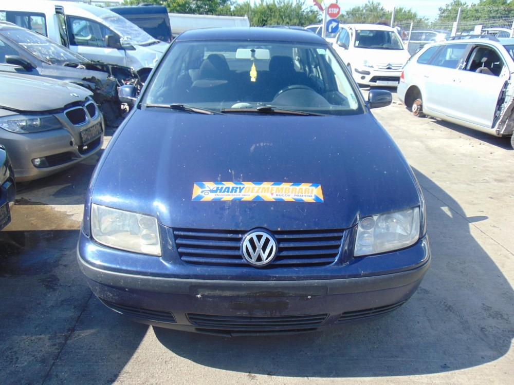 Dezmembram VW Bora , 1.9 TDI , tip motor AXR , fabricatie 2002