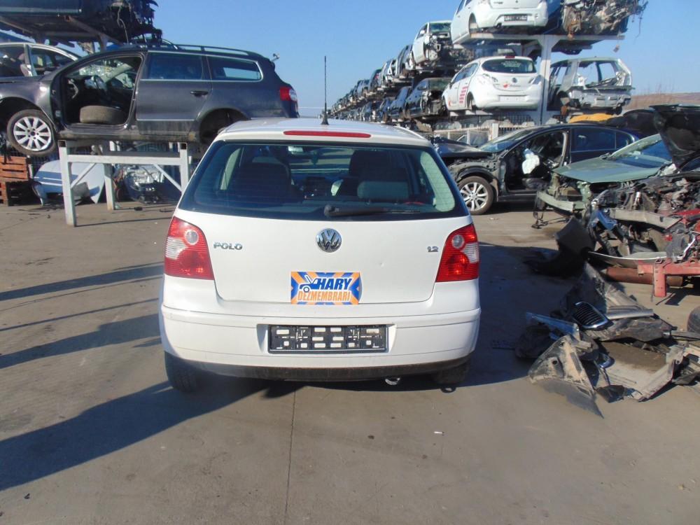 Dezmembram VW Polo 9N, 1.2BENZ, Tip Motor AZQ, An fabricatie 2008.