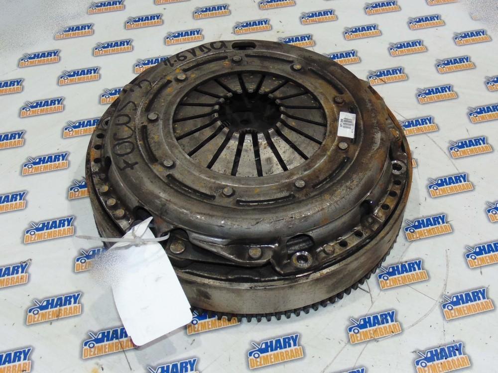 Kit ambreiaj avand codul AV61-7563-CC pentru Ford Focus 3 2012