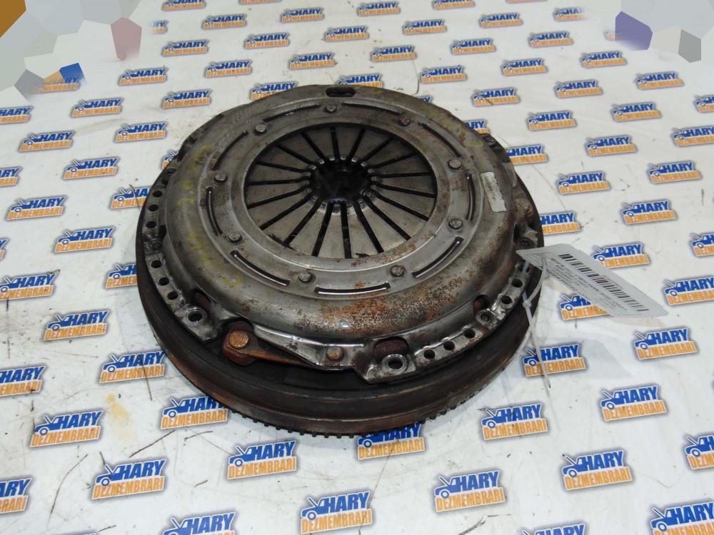 Kit ambreiaj avand codul 3082000414 pentru Ford C-Max 2006