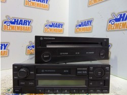 Radio casetofon avand codul original 1J0035152E / 1J0035119C, pentru VW Golf IV