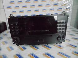 Radio CD cu codul A2038700589 pentru Mercedes C Class
