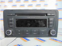 Radio CD cu codul 8P0035152C pentru Audi A3