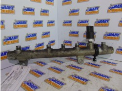 Rampa injectoare avand codul original 7700111013, pentru Renault Laguna II