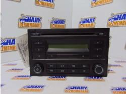 Radio cd avand codul original 6Q0035152B, pentru VW Polo 9N