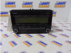 Radio cd avand codul original 5M0035186AA, pentru VW Polo 6R