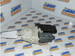 Motoras macara stanga fata cu codul 7746002102 pentru Seat Leon