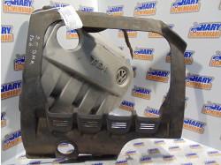 Capac motor cu codul 03G103967A / G / F pentru VW Passat B6, 2.0TDI / BMR