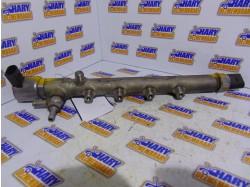 Rampa injectoare cu codul A6510700595 pentru Mercedes E-Class