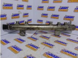 Rampa injectoare cu codul 55200517 pentru Opel Corsa C / Fiat Grande Punto