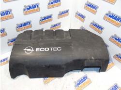 Capac motor avand codul original 12992756, pentru Opel Corsa