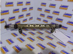Rampa injectoare avand codul original 89458-60010, pentru Land Cruiser