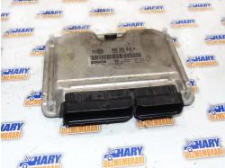 Calculator motor avand codul 038906012M / 0281001979 pentru VW Golf 4