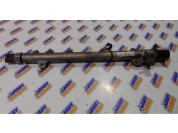 Rampa injectoare cu codul A6460700395 pentru Mercedes-Benz E-Class