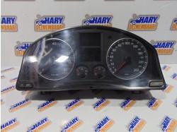Ceas bord avand codul 8200369581 pentru VW Golf V - benzina