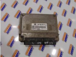 Calculator motor cu codul 06A906033KE pentru Skoda Octavia II