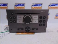 Radio CD cu codul 7647104310 pentru Opel Vivaro